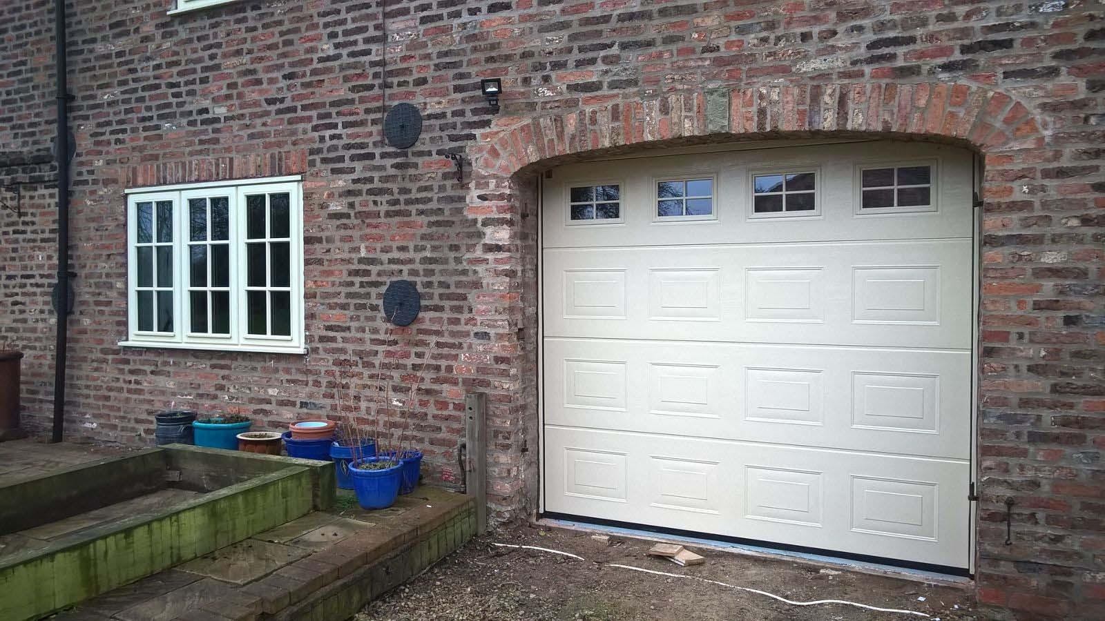 Hormann LPU40 S-Panel Sectional Garage Door