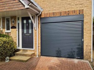 matching_garagedoor_frontdoor