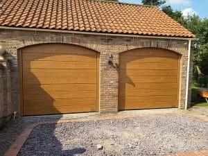 sectional_garage_door_decograin