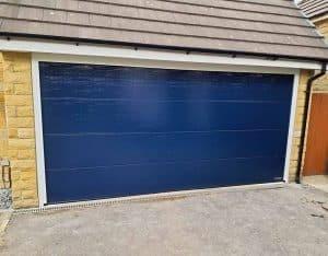 sectional_grage_door_blue